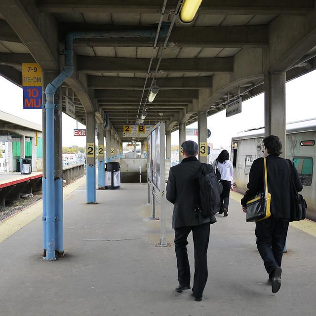 Hicksville LIRR Platform #walkingtoworktoday