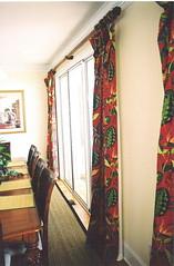 Resort Dining Room (DesignFolly.com) Tags: red window coral island myrtlebeach design rust heaven interior kerry sofa ann inlet dame bungalow furniturestore pawleysisland pawleys surfsidebeach treatments murrells petfriendly bungalowheaven slipcovers bungalowheavendesigns poshliving beachhousefurniture