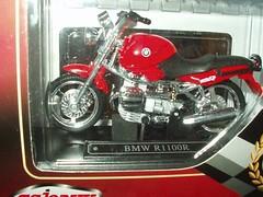 BMW 1100R Red (sd1-3500) Tags: majorette