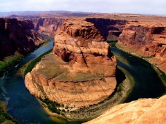 Cruising the Horseshoe (Rice Matters) Tags: arizona usa nature river boat canyon explore page coloradoriver naturesfinest horseshoebend pagearizona blueribbonwinner abigfave s9100 photofaceoffwinner theperfectphotographer pfogold