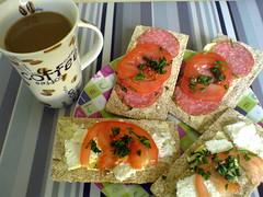 breakfast (K0P) Tags: cup coffee breakfast sandwitch 2007 kawa kanapki niadanie filianka