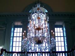 Into the Light (Maia C) Tags: building window museum backlight wonderful contraluz michigan lookup chandelier comment henryfordmuseum historicbuilding maiac hfmgv kodakz712 kodakeasysharez712is