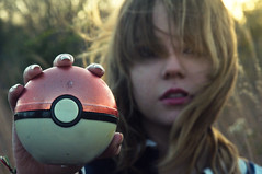 (yyellowbird) Tags: girl pokemon cari pokeball