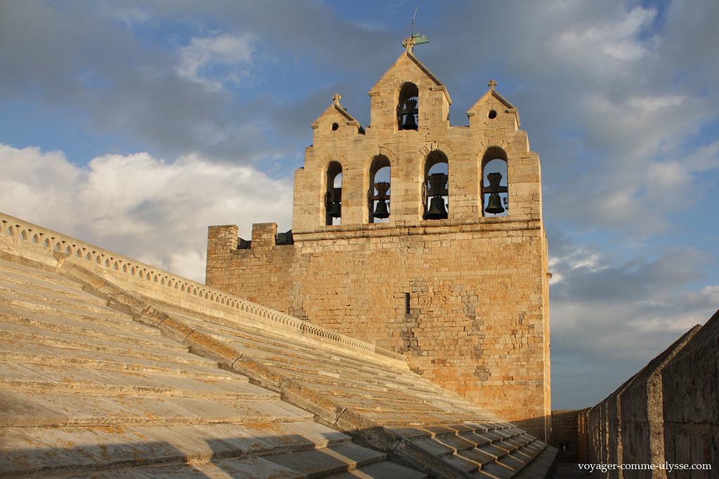 Sur les toits de l'église