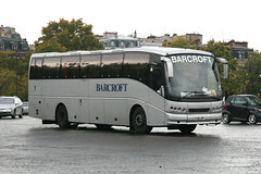 Barcroft FJ51JYF (Howard_Pulling) Tags: paris france french volvo coach caetano coaches francais placecharlesdegaulle barcroft b10m fj51jyf