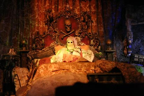 Piratas Caribe Disneylandia terror