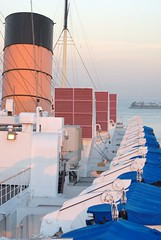 (ONE/MILLION) Tags: california old travel cruise vacation people history pier war ship ships historic queenmary tours retired ports harbors liner onemillion williestark