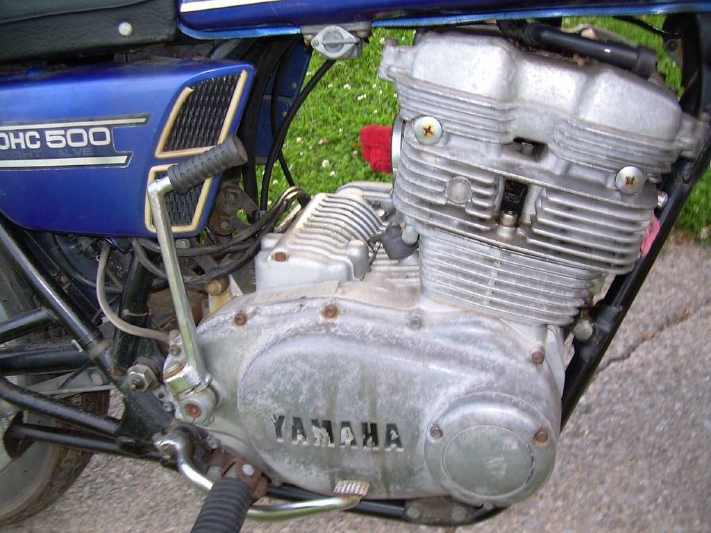 Yamaha TX500 Engine