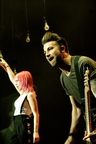 Hayley Williams and Jeremy Davis from Paramore live @ The O2 Dublin Nov. 6th