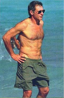 Harrison Ford-shirtles...