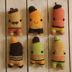 (sandra juto) Tags: orange brown green wool alpaca hat yellow toys gold beige handmade crochet mini buttcrack softie softies plushie beret asscrack bumcrack buttcrackcharacters