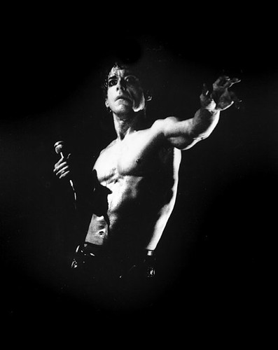 the late night abs of Iggy Pop