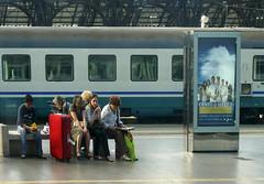 GENTE di STAZIONE 1 (federico.soffici) Tags: treni stazioni mcb1503