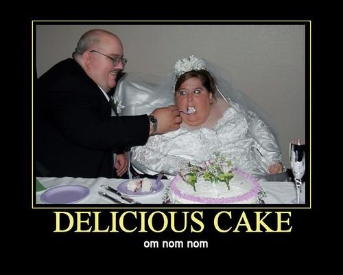 omnomnom-cake