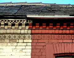 decoration (Harry Halibut) Tags: roof red white circles decorative bricks tiles slate allrightsreserved specials anglesanglesangles circlescirclescircles redsheff andrewpettigrew