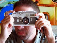Leica-like (abbyladybug) Tags: camera leica tom lunch virginia photographer halifax flickrmeetups flickrstock roninvision rsgmeetup20070714 halifaxva rsgmeetups