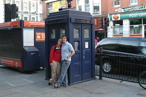 dr who polica call box