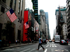 the rush (jeanamarieking) Tags: nyc vacation digital manhattan streetlife powershot cabs throughwindow canaon piratetreasure piratetreasure2