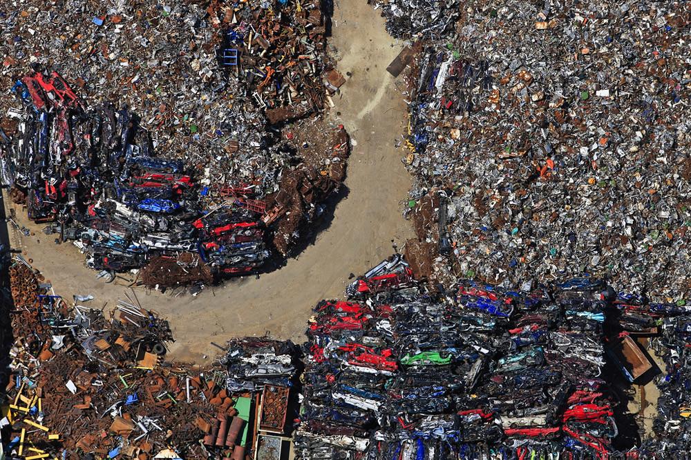 Luftbild vom Gelände einer Firma für Recycling, Halde von Altmetall