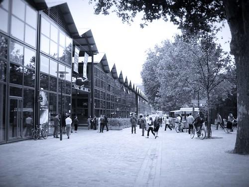 Paris Life - Bercy Village