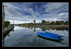 One Day in Hoi An #6 (DanielKHC) Tags: blue digital river boats high bravo searchthebest dynamic sony an vietnam hoian alpha range soe dri hdr hoi a100 blending themoulinrouge dynamicrangeincrease magicdonkey 2exp outstandingshots tamron1118mm mywinners abigfave aplusphoto danielcheong holidaysvacanzeurlaub goldenphotographer danielkhc thegoldenmermaid notonemapped