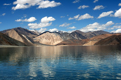 Timeless Endless (Gps1.) Tags: india lake mountains nature water gps reflexions jk ladakh pangong naturesfinest incredibleindia abigfave anawesomeshot superaplus aplusphoto gps1 goldenphotographer platinumheartaward natureoutpost elitephotography theperfectphotographer awardflickrbest damniwishidtakenthat favemoifrance guasdivinas