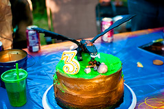 Cake (thelastbloodykiss) Tags: toothless hiccup howtotrainyourdragon