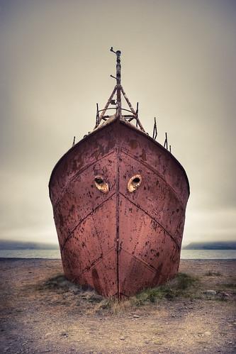 Garðar steelship, Iceland