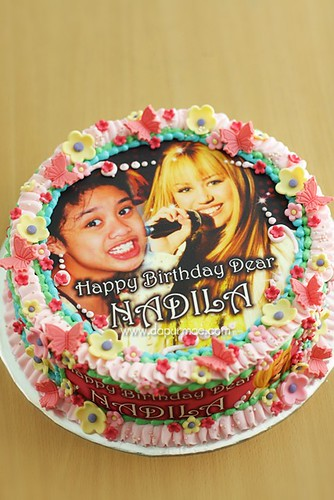 Hannah Montana Birthday Cake w/ Edible