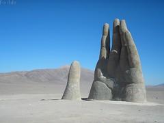 Mano del Desierto Chile por Pablo Olivera