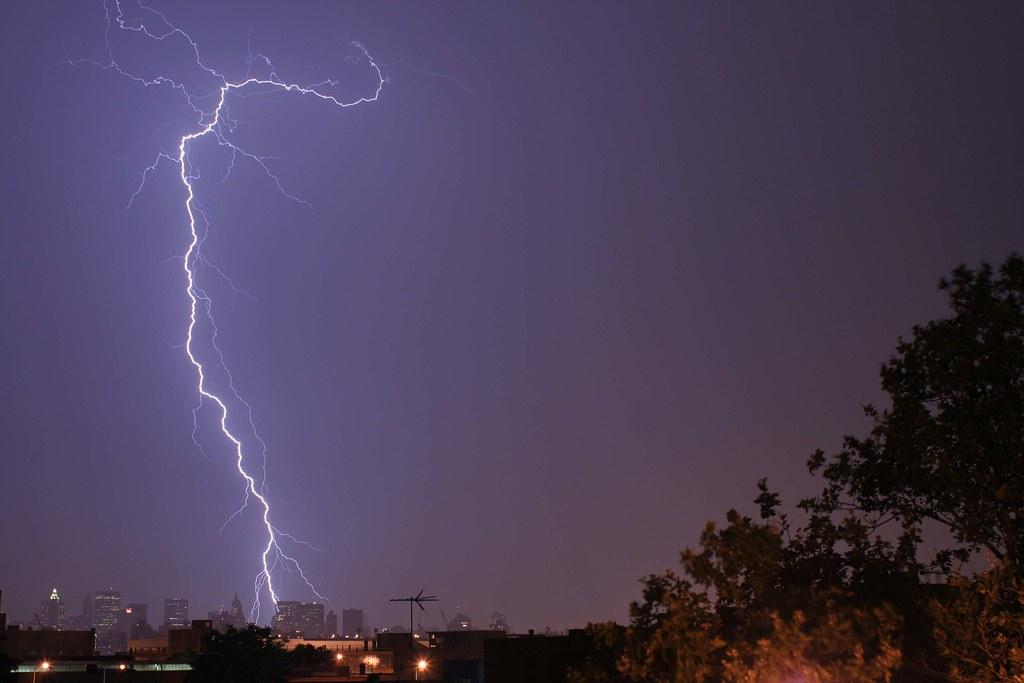 Lightning porn!