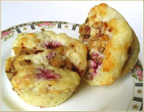 Raspberry Muffin with Brown Sugar Hazelnut Streusel
