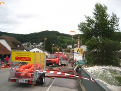 Hochwasser_Doettingen_07_05