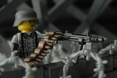 "die Ostfront (Joriel ""Joz"" Jimenez) Tags: macro belt lego wwii barbedwire ww2 ammo machinegun ammunition minifigure brickarms germanheersoldier bamg42"