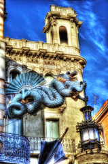 The Green Dragon (HDR) (Nik-On!) Tags: barcelona green spain nikon dragon larambla lasramblas lantern hdr nikon85mmf14 d3s nikoncom