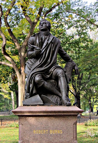 Statue of Robert Burn