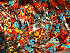 Scissors (dogwelder) Tags: california blue red ikea yellow july scissors burbank zurbulon6 officesupplies 2007 zurbulon gatturphy officetools 1on1colorfulphotooftheweek 1on1colorfulphotooftheweekjuly2007