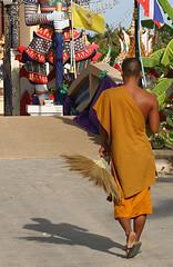 Wat Plai Laem - by tobym