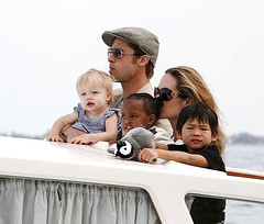 Brad Pitt, leaving Venice, Italy with Angelina Jolie and their children, was in town to promote his new film (HOLLYWOOD KIDS) Tags: brad mom dad angelinajolie angelina jolie pitt bradpitt