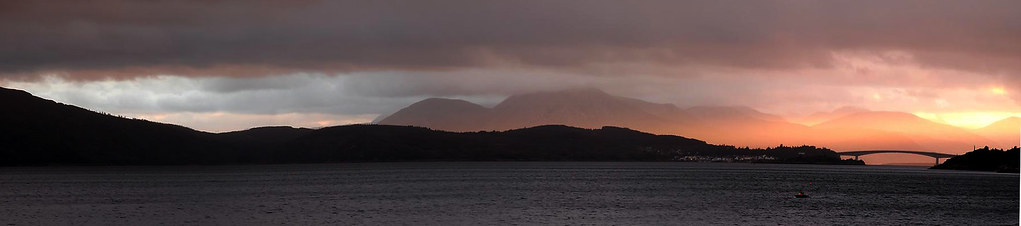 Isle of Skye from Auchtertyre 01