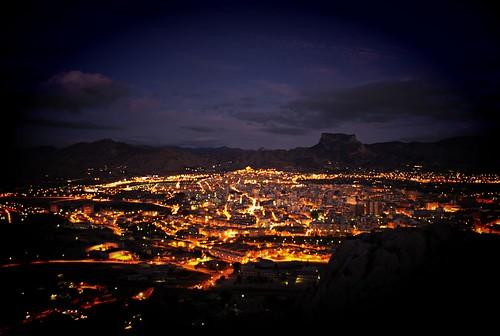 Valle de Elda de noche