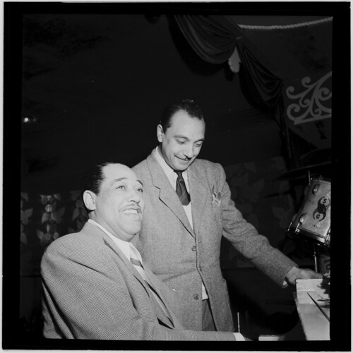 [Portrait of Django Reinhardt and Duke Ellington, Aquarium, New York, N.Y., ca. Nov. 1946] (LOC)