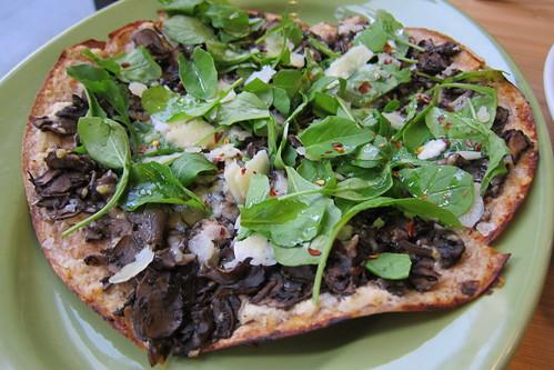 Greenleaf Gourmet Chopshop: mushroom pizza