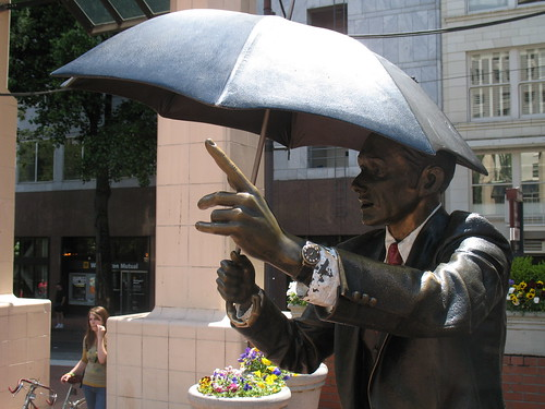 statue of umbrella guy