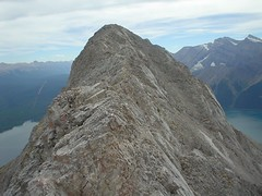 Ridge scramble (Dave MacDonald) Tags: rockymountains scramble peterlougheedprovincialpark mtindefatigable kananaskislakes