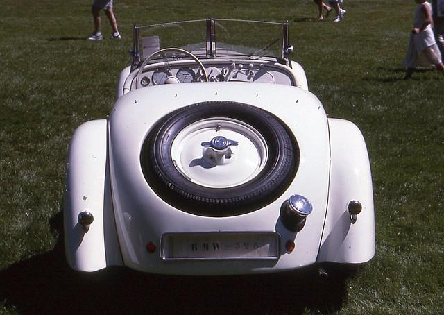 328 bmw 1937 roadster eyesonclassicdesign1997 ©richardspiegelmancarphoto