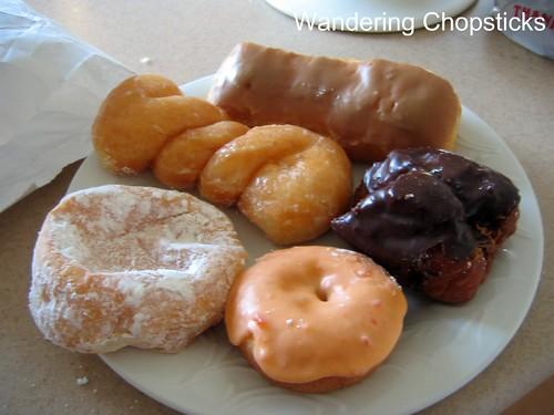 Miss Donuts & Bagel - La Verne 3