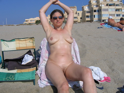 naked on a nude beach contest pics: nudebeach