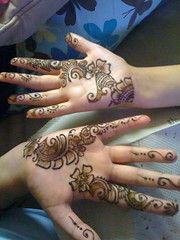 Party Henna (aizafay) Tags: flowers wedding pakistan party india flower detail beautiful michigan indian detroit arabic warren pakistani shaadi bridal henna mehendi mehndi shadi sangeet intricate mehandi dulhan dholki dulha