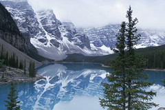 Misty morning - Moraine Lake (Jackpicks) Tags: snow canada reflection gallery alberta natures morainelake naturesgallery platinumheartaward bestcapturesaoi elitegalleryaoi
